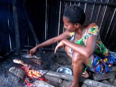 Cooking Fish in Cote D'Ivoire