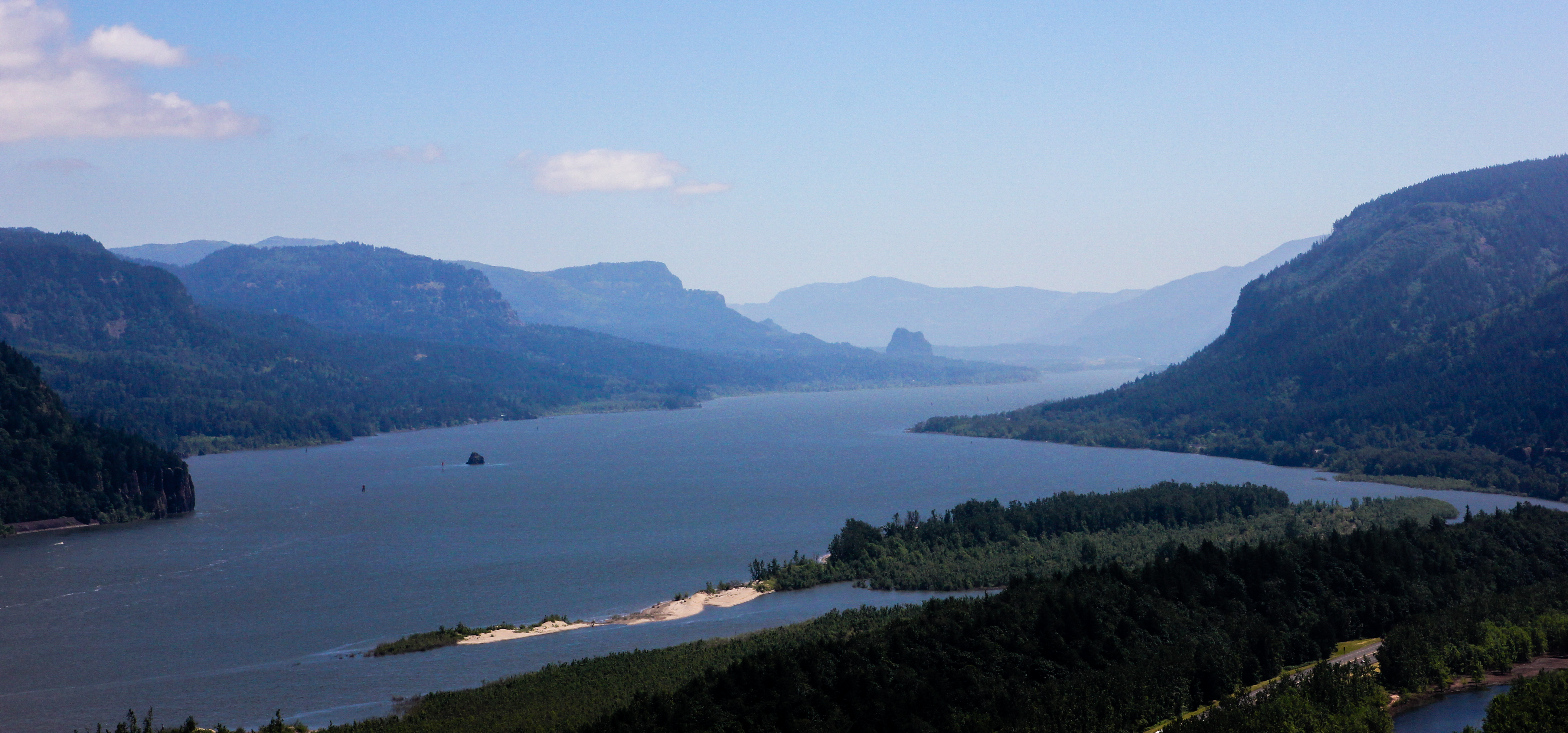 The columbia river gorge and hood river oregon the for The hood river