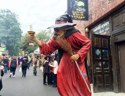 Salem Festive Fall Days: A Tour of Festivities, History, and Seasonal Fun in Massachusetts