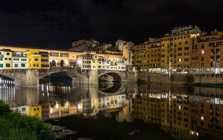 ponte vecchio 2073980 1920 What Not to Miss on a Day Trip to Florence