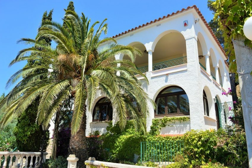 spainvilla How To Have A Luxury Vacation Without Breaking The Bank