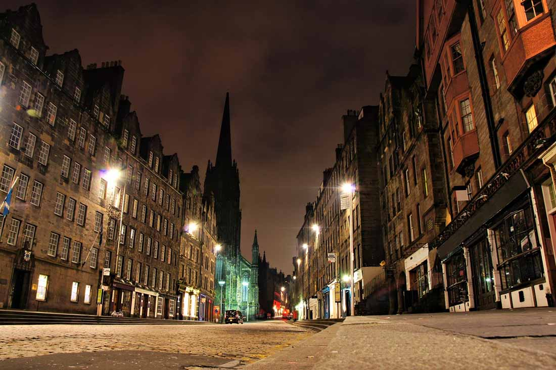 Christmas Tours in England and Scotland