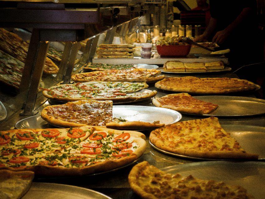 diego marin PeDMdPVVUik unsplash The Best Cheap Food Around the World