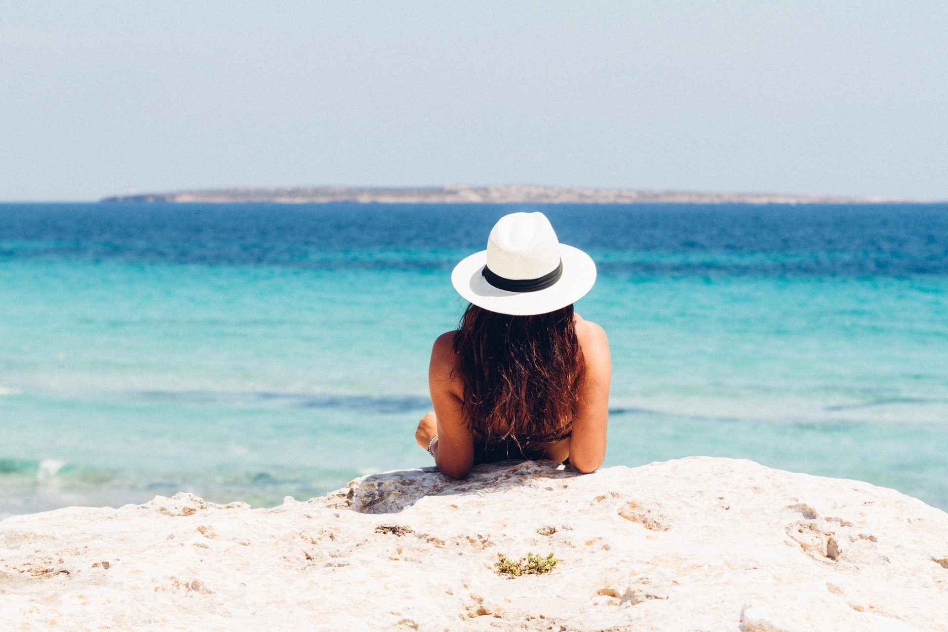 beach hat holidays 871060 Top Budget-Friendly Vacation Destinations You Should Visit