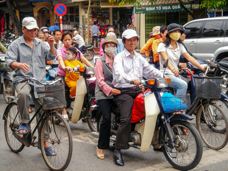 Hanoi Chaotic Traffic 8 Cheap Things to do in Hanoi, Vietnam