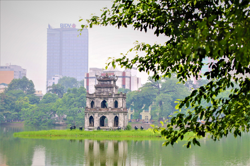 Hanoi Temple of the Jade Mountain in Hoan Kiem Lake 8 Cheap Things to do in Hanoi, Vietnam