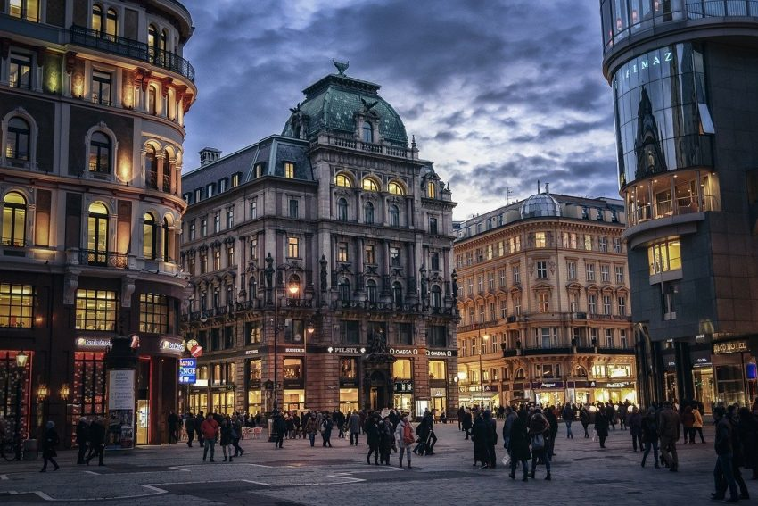 viennastreet Top 10 Fascinating European Destinations To Travel in 2021