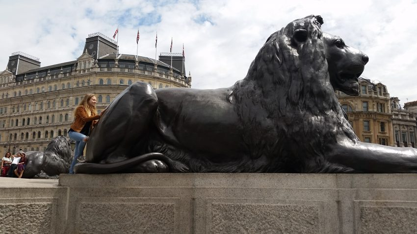 imgpsh fullsize anim 4 5 Days in London