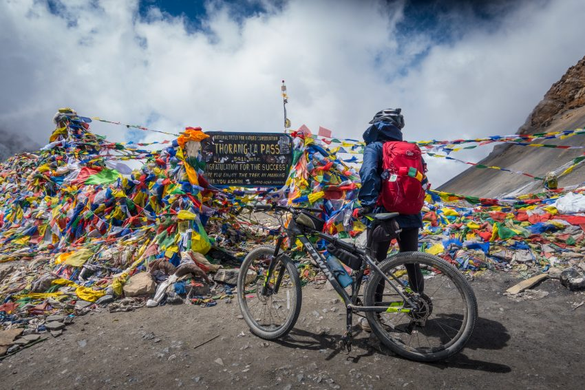 Cycling in the Annapurna range in Nepal