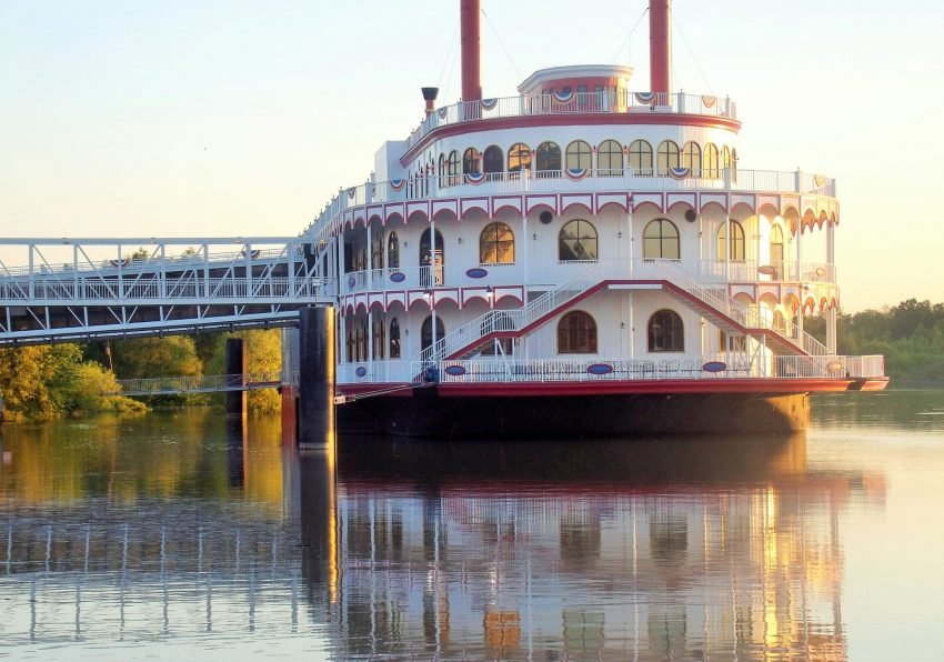 casino 4371020 1920 How to enjoy a river cruise on a budget