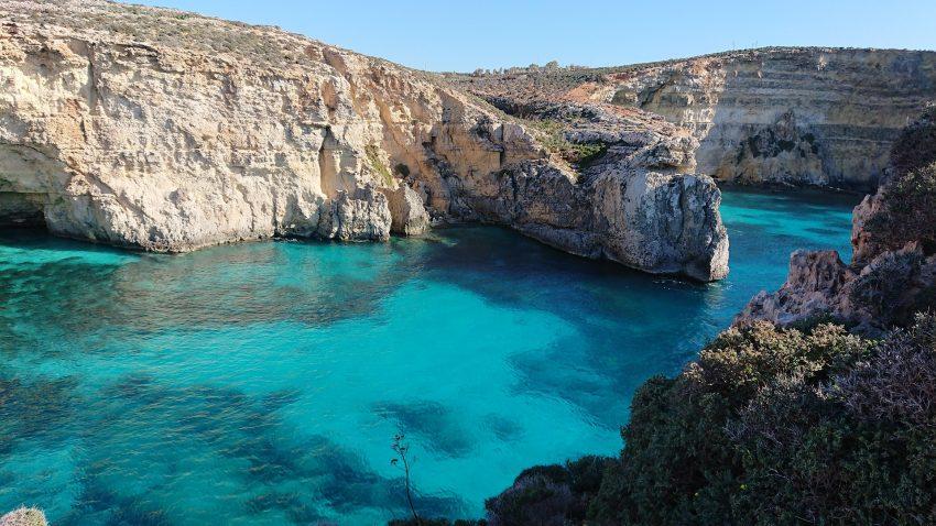 sea 4890410 1920 The Best (Cheap) Hotels in Malta