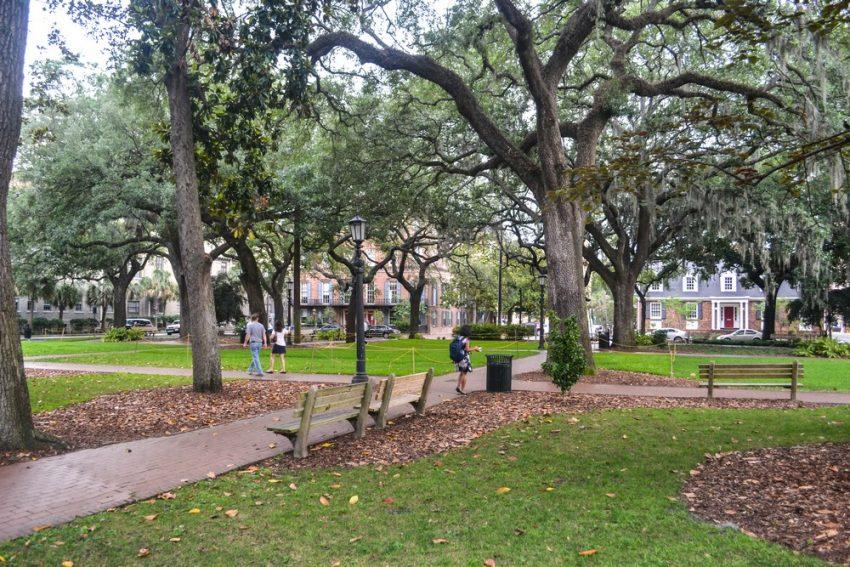 Savannah public square storiesbysoumya The Top 10 Romantic Things to do in Savannah, Georgia